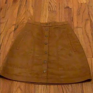 Faux suede, high waisted skirt w/ pockets.